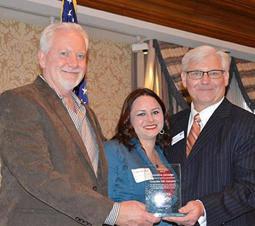 Joe Foley Accepts United Way's Innovative Campaign Award with Corporate Disk Company